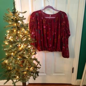 Free People dk. Red cropped  top sz S floral boho